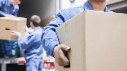 Livraison mobilier professionnel | Les Bonhommes