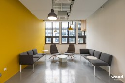 Bonhommes - Montage mobilier de bureau - Fauteuil et canapé design